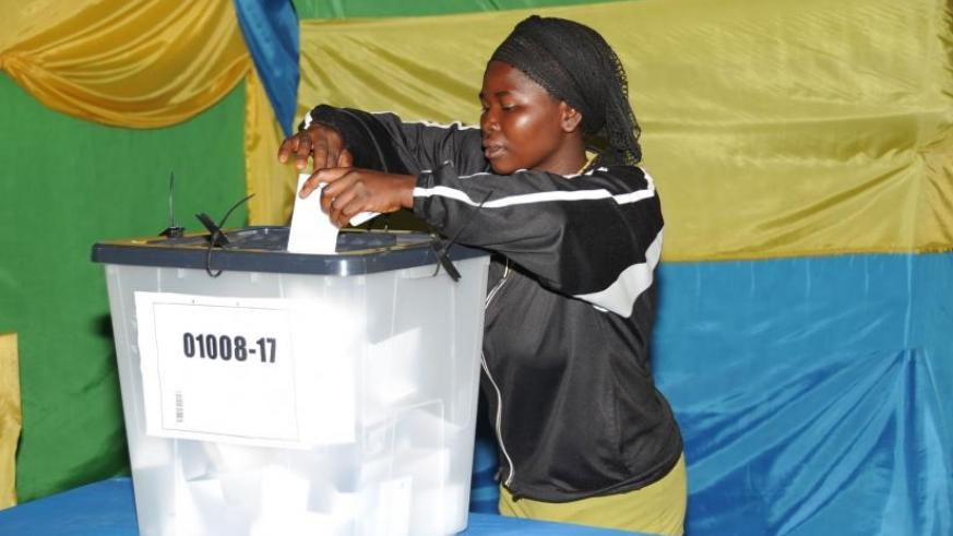 A voter in Kiyovu casts her vote during a local election last year. (File.)