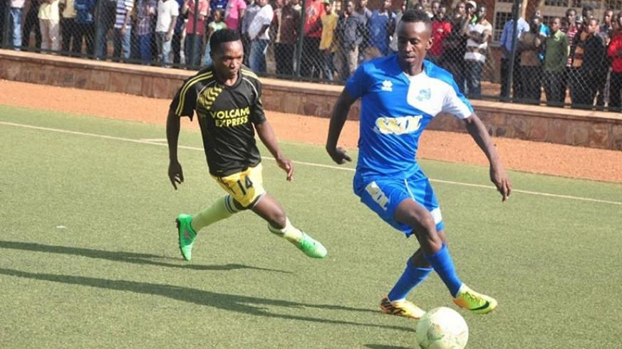 Midfielder Kevin Ishimwe (right) has joined Pepiniere on a two-year deal from Rayon Sports. (File)