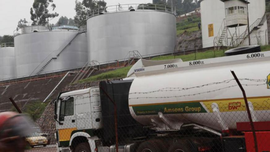 Fuel reserve tanks in Gatsata, Kigali. Oil prices have increased for the first time in three weeks. / File.
