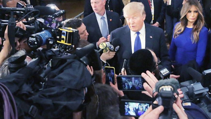 US President Donald Trump (C) has blasted a section of the American media as 'fake news'. / Internet photo
