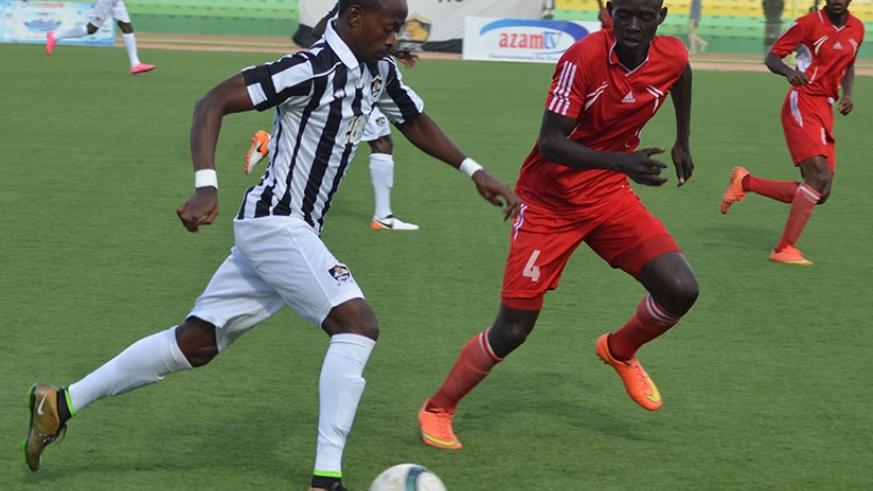 Striker Issa Bigirimana gave APR FC the lead in the very first minute of the game in the 2-0 win over Etincelles on Sunday. S. Ngendahimana.