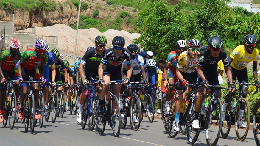 A peloton of riders from different countries during the 2016 Tour du Rwanda. The annual event will become 2.1 UCI Africa Tour from 2019. (Sam Ngendahimana)