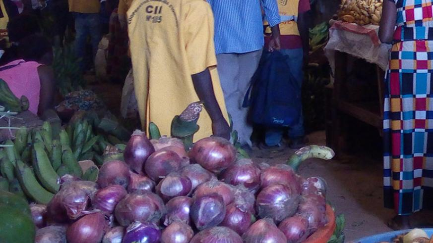 A bunch of bananas now costs Rwf10,000, while a kilo is at Rwf350. / (Appolonia Uwanziga)