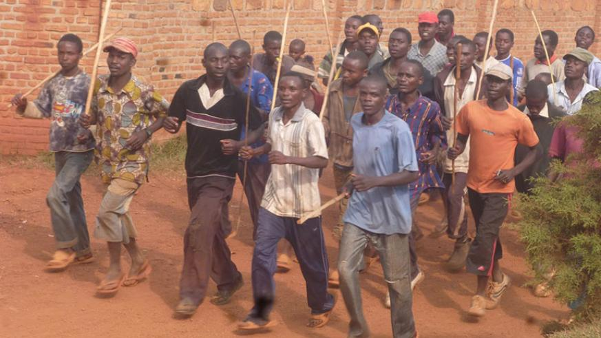 Members of Imbonerakure, an extremist youth wing of Burundi's ruling party CNND-FDD. / Internet photo