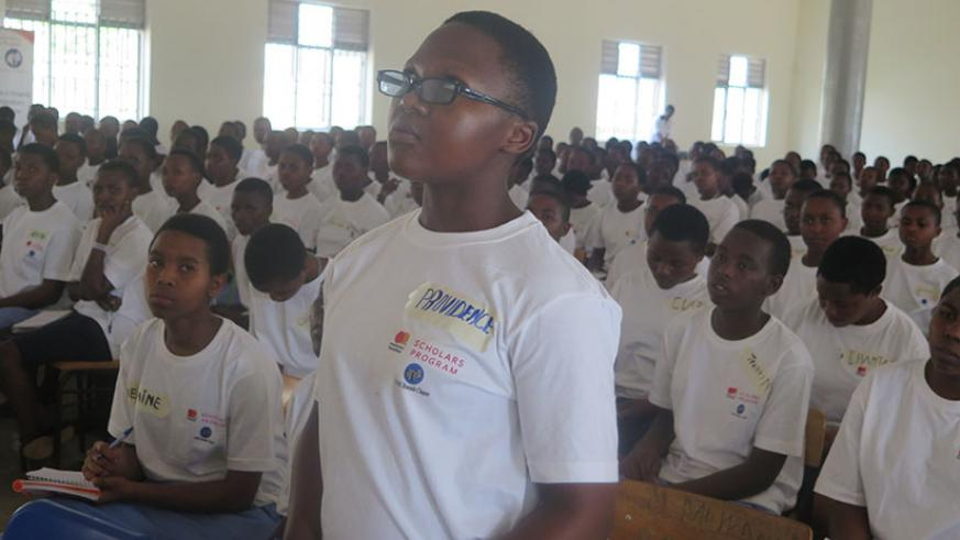 One of the students asks a question during the conference. / Michel Nkurunziza