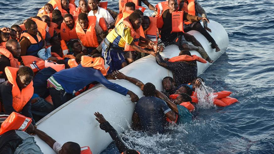 A group of migrants rescued off the coast of Libya. More than 5,000 people drowned last year trying to cross the Mediterranean into Europe. / Internet photo