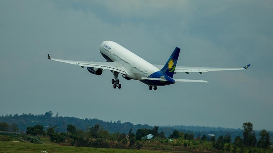 A RwandAir aircraft takes off at Kigali International Airport. Th airline will start three new routes in West Africa.  / File.