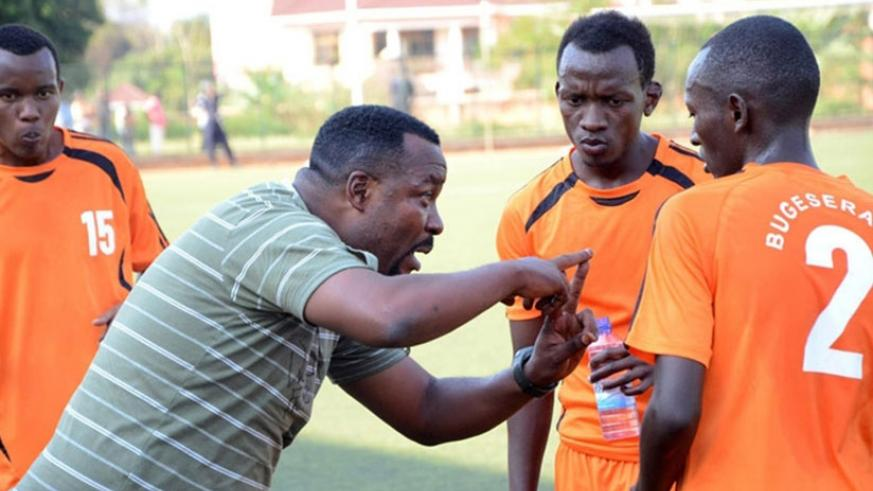 Bizimungu gives players instructions. He was appointed last week as Bugesera FC head coach to replace the sacked Kanyankore. / File photo