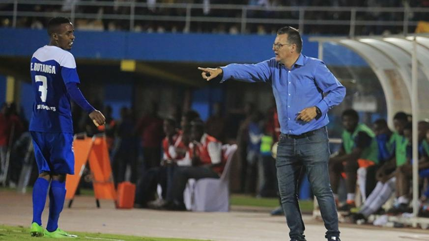 Mannaert gives instructions to his players during the game with Mamelodi Sundowns. Rayon Sports have been drawn against Costa do Sol in CAF Confed Cup Playoff tie. S. Ngendahimana.