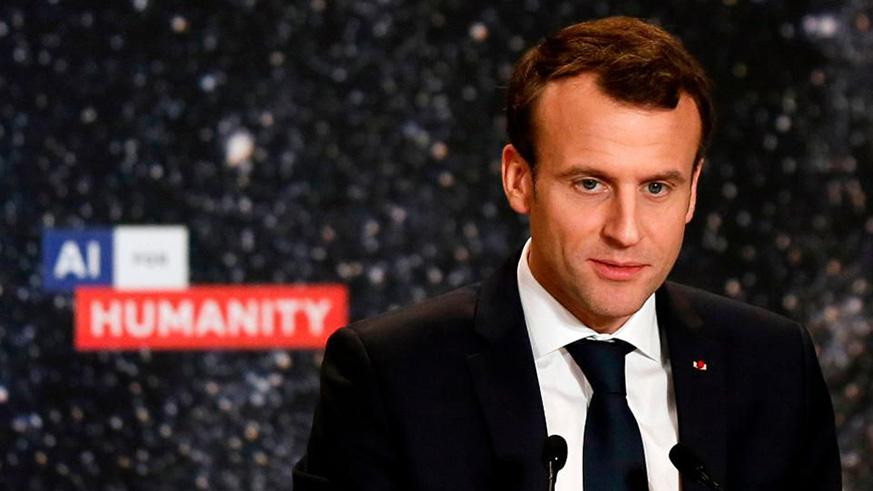 French President Emmanuel Macron delivers a speech during the 'Artificial Intelligence for Humanity' event in Paris on March 29, 2018. The French president is to unveil on March 29 a bold plan to make France a centre of reference for artificial intelligence research, aimed at drawing homegrown and foreign talent in a field dominated by US and Chinese players. / Internet photo