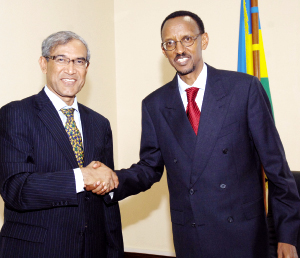 President Kagame and Zanul Abidin Rasheed after their meeting at Village Urugwiro yesterday. (PPU photo)