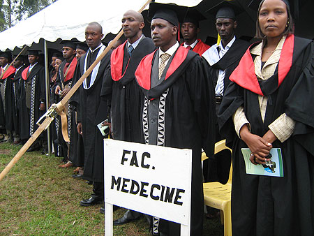 A cross section of NUR students who graduated in March 2008 (File photo)