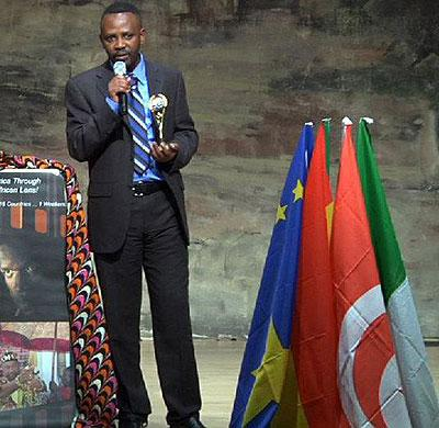 Ndahayo accepts the Award for Best Feature documentary at the Silicon Valley African Film Festival in 2011 for Rwanda Beyond.