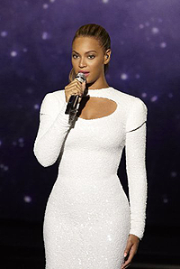 """Beyonce performs """"I Was Here"""" in the United Nations General Assembly Hall, Friday"""