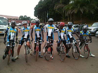 American coach Jack Boyer (2nd left) and the Team Rwanda riders out for a training ride in Oyem, Gabon a day before the competition kicked off. The New Times / Courtesy.