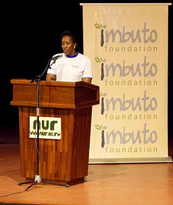 First Lady opens the NUR forum.