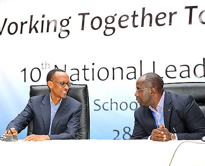 President Kagame and Prime Minister Habumuremyi during the National Leadership Retreat yesterday. (The New Times/Village Urugwiro)