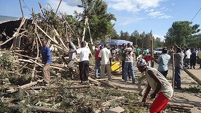 Nyagatare residents at the scene of the inccident. The New Times / File.