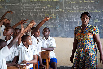 A teacher in kimisagara primary school conducting a lesson. The struggle for teachers' rights has affected trade unions as well. File.