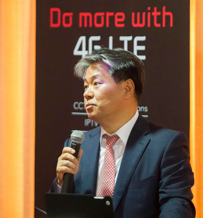 ORN CEO, Patrick Yoon, talks to guests about value-added services on 4G LTE on Tuesday at the Hotel Villa Portofino in Kigali yesterday.