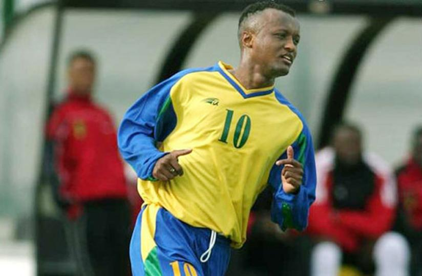 Amavubi legend, Jimmy Gatete in action at the 2004 Africa Cup of Nations in Tunisia. (File)