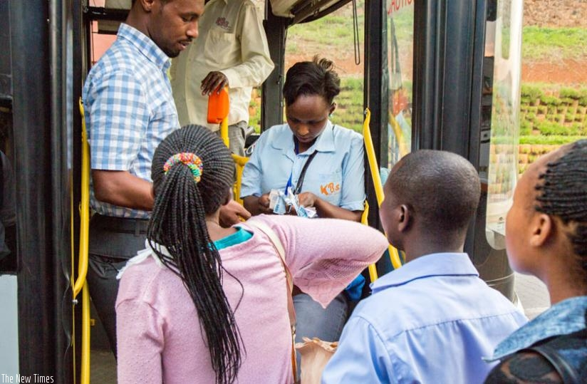 Smart cards will help address the time passengers spend on the queue during cash collection. (Doreen Umutesi)