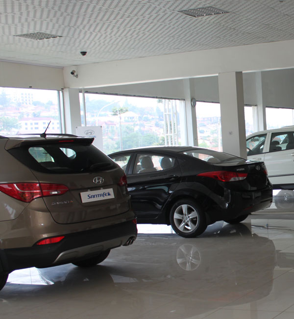 Most people in Rwanda and in the EAC bloc generally cannot afford new cars like these, opting for used ones. (File)