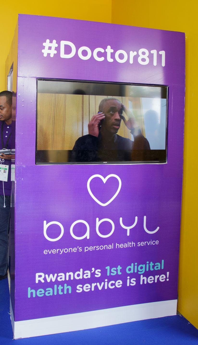 1469749598Purple-machine,-a-babyl-booth-where-patients-can-interface-with-health-workers-via-audio-and-video-communication