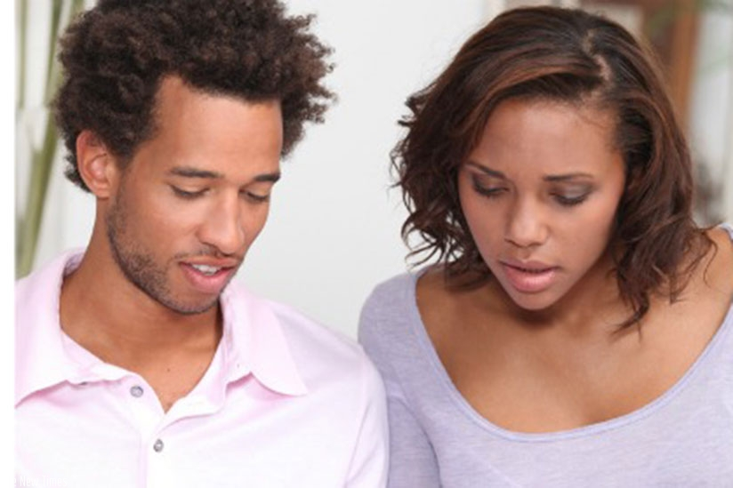 A couple doing budget allocations for their household. Budgeting requires time. (Net photo.)
