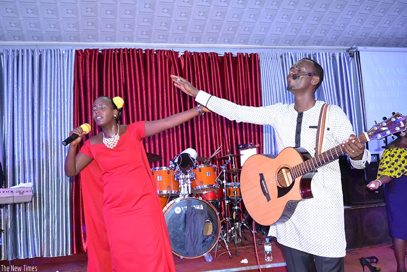 Ben Serugo and his wife Chance Mbanza during their Sunday gospel concert at Four Square Gospel Church in Kimironko. (All photos by Donata Kiiza)