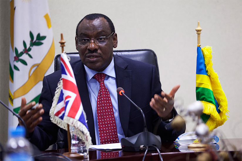 1487285457Minister-for-finance-and-economic-planning-Claver-Gatete-addresses-media-after-signing-a-MoU-yesterday-(Sam-Ngendahimana)