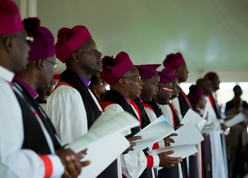 1488755421Clerics-sing-during-the-mass-service-at-Musanze