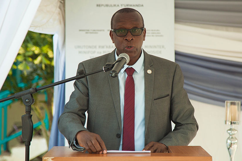 1497050514Dr-Jean-Damascene-Bizimana,-executive-secretary-of-CNLG-speaks-during-the-commemoration-event-at-the-ministry-of-local-government