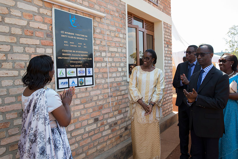 First Lady Jeannette Kagame officially inaugurates the Impinganzima Hostel in Mukura Sector, Huye District yesterday. She is flanked by the Vice Governor of the National Bank of Rw....