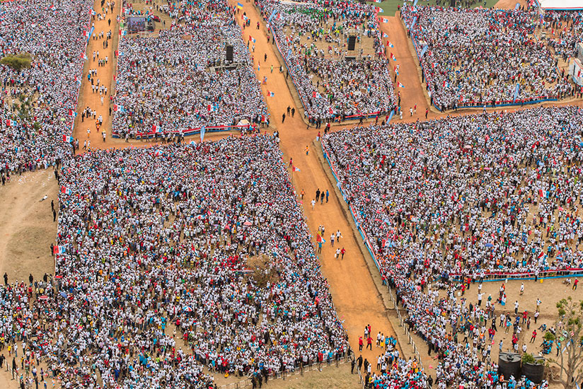 Kagame's final rally attracted over 500,000 people, making it the largest gathering of Rwandans in modern history. / Courtesy