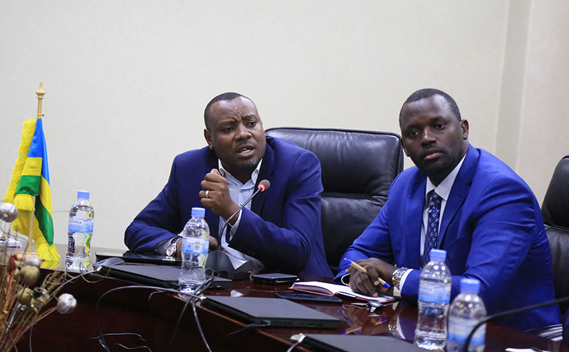 1512717650Isaac-Munyakazi,-the-State-Minister-for-Primary-and-Secondary-Education-gives-some-clarifications-to-the-journalists-as-REB-boss-Janvier-Gasana-looks-on