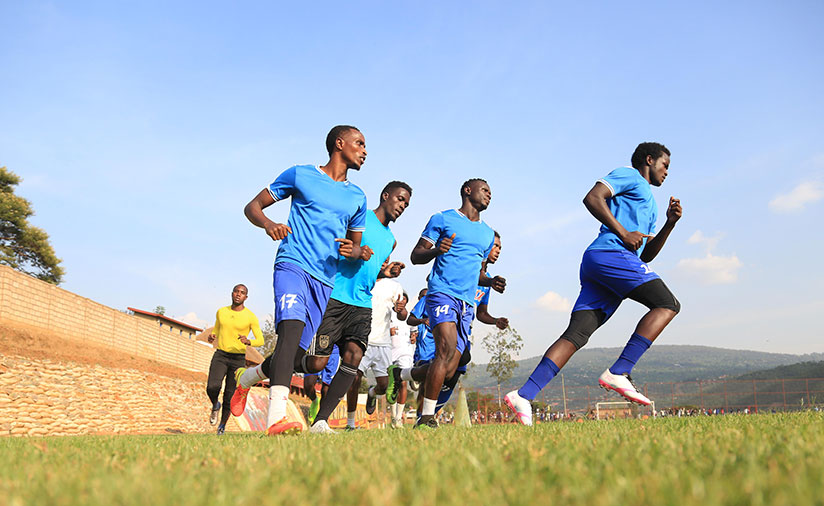 1513024803Rayon-Sports-are-in-position