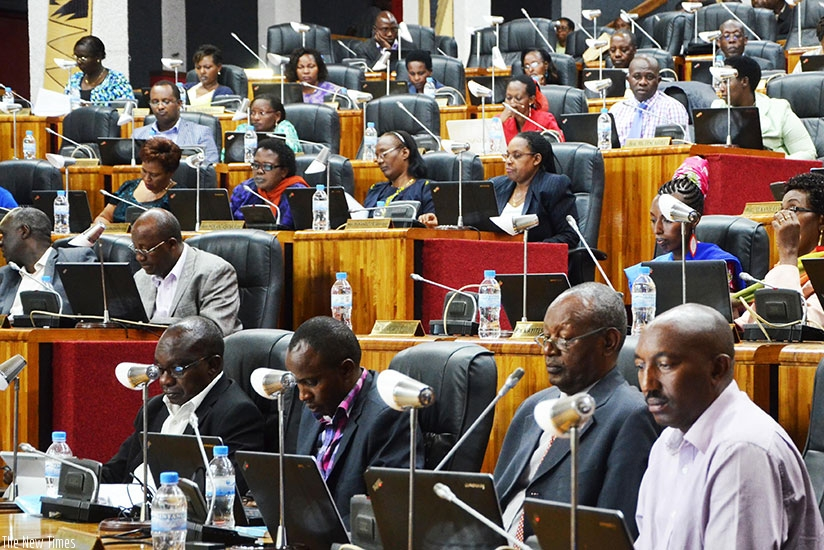 Members of the Lower Chamber of Deputies during a past session. / File