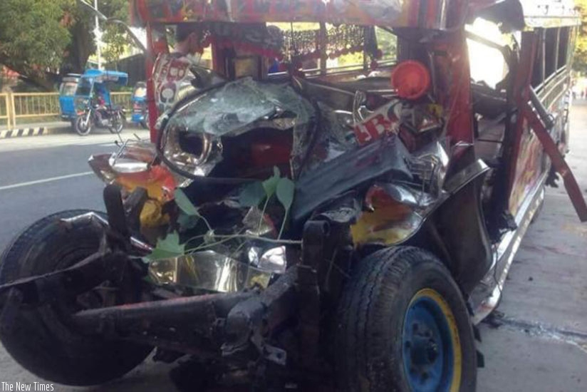 Twenty Catholic pilgrims were killed and nine others injured after a jeepney collided with a bus in the northern Philippines, according to police. (Net Photo)
