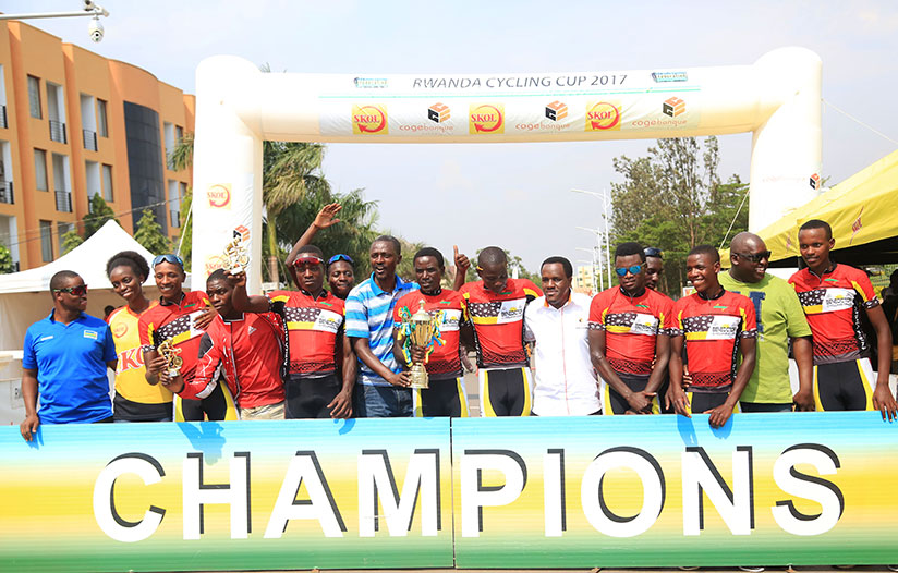 1514656925FERWACY-Officials-and-sponsors-pose-with-the-champions-in-a-group-photo-(Sam-Ngendahimana)