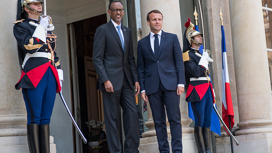 Presidents Kagame and Macron at the Élysée Palace in Paris yesterday. The two leaders discussed bilateral relations as well as Africa-France ties. / Village Urugwiro