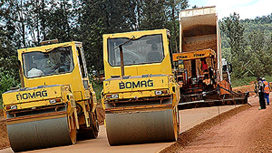 The Kicukiro-Nyamata-Nemba Road which Members of Parliament say developed potholes shortly after its construction. Inset is Minister Kamanzi. (File photo)