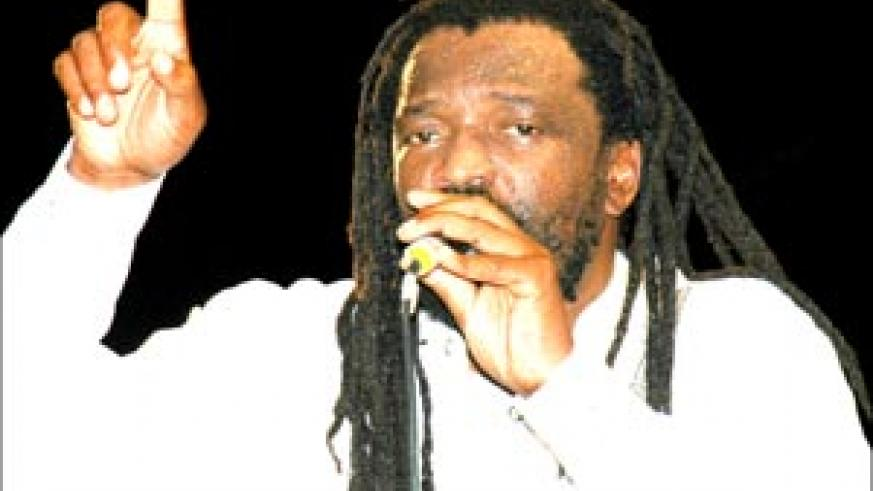 Lucky Dube performing at Amahoro National Stadium, Kigali,  during the 5th Edition of the Pan-African Dance Festival (FESPAD) on August 12, 2006. The reggae superstar was shot dead on Thursday night in Johannesburg, South Africa. (File photo)