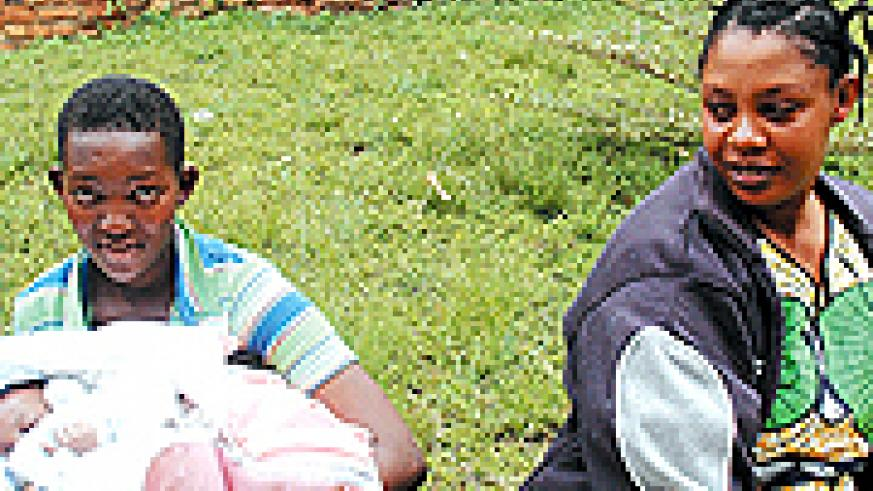 SELLER and BUYER: Clementine Uwase (with baby) and Brigitte Kampire at Nyamirambo Police Station yesterday. The former had sold her baby for Frw100,000. (Photo/ J. Mbanda)