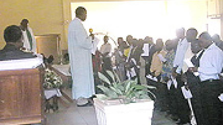 A cross-section of the congregation in the Remera church.