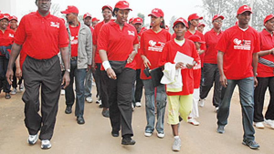First Lady Jeannette Kagame led hundreds of marchers who were marking World Heart Disease Day. (Photo / G. Barya)