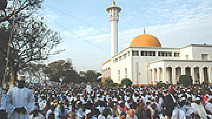 Muslims thronged mosques countrywide for prayers on Idd day. (Photo/ J. Mbanda).