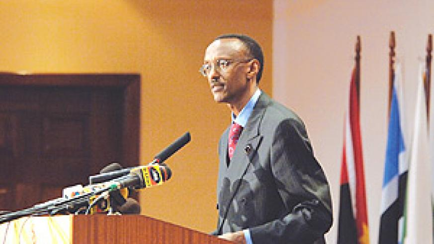 President Kagame addressing the Tripartite Summit in Kampala Thursday. (PPU photo).
