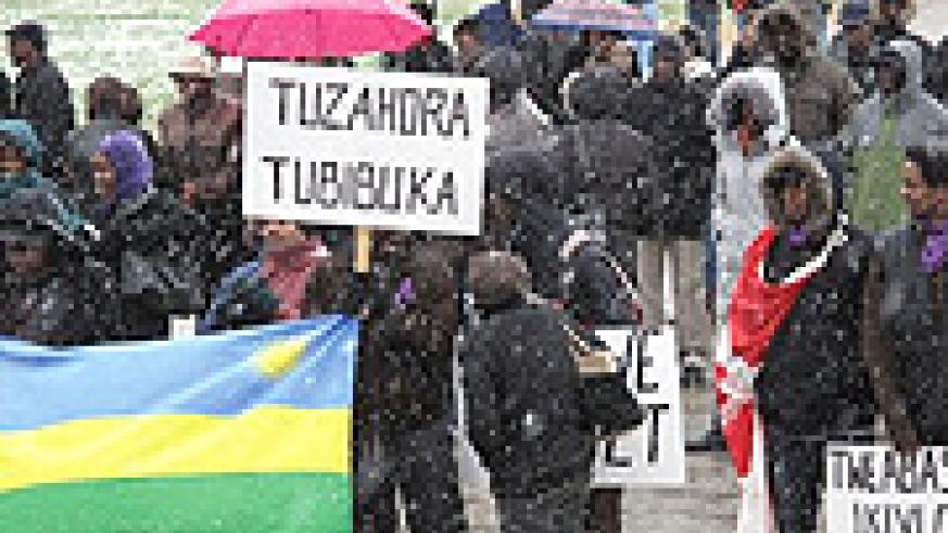 Rwandans in Canada demonstrate to condemn genocide at the event. (Photo/ C. Habba)