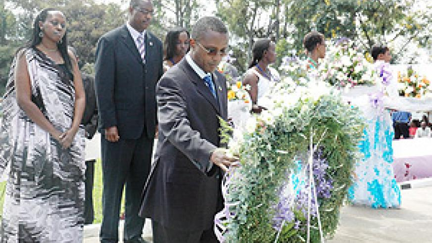 Senate President Vincent Biruta lays a wreath at the site where Politicians who were killed during theTutsi Genocide are buried at Rebero Site yesterday. (Photo J Mbanda).